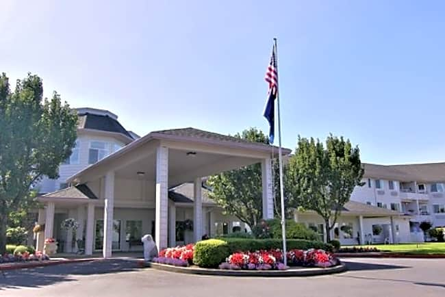 Parkrose Chateau Independent Retirement Living - Portland, Oregon 97230