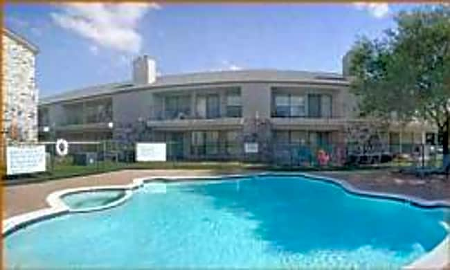 Castle Loma Apartments - Mesquite, Texas 75150