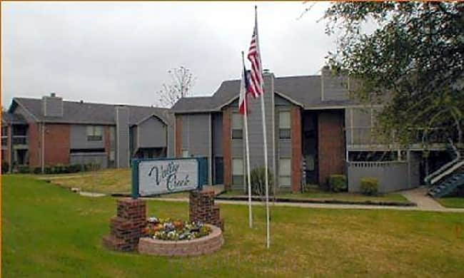 Valley Creek Apartments - Garland, Texas 75043