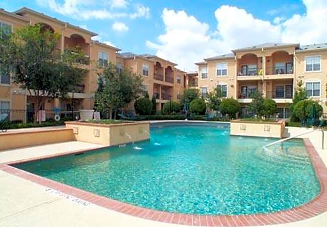 Villas of Mission Bend Senior Community - Plano, Texas 75075