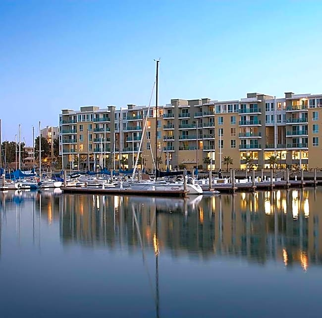 Capri Apartments - Marina Del Rey, California 90292