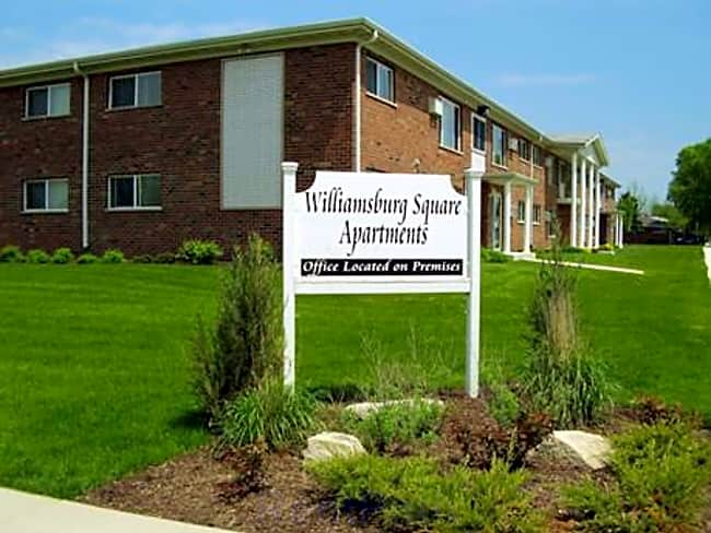 Williamsburg Square Apartments - Hammond, Indiana 46323
