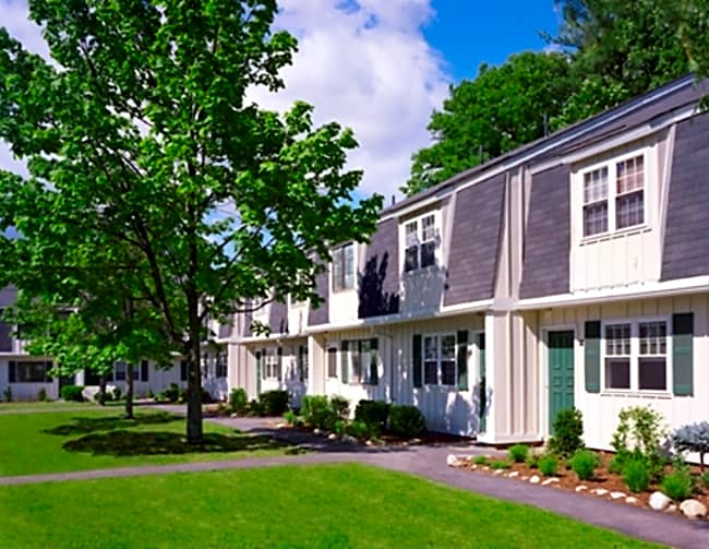 Parke Place Townhomes - Seabrook, New Hampshire 03874