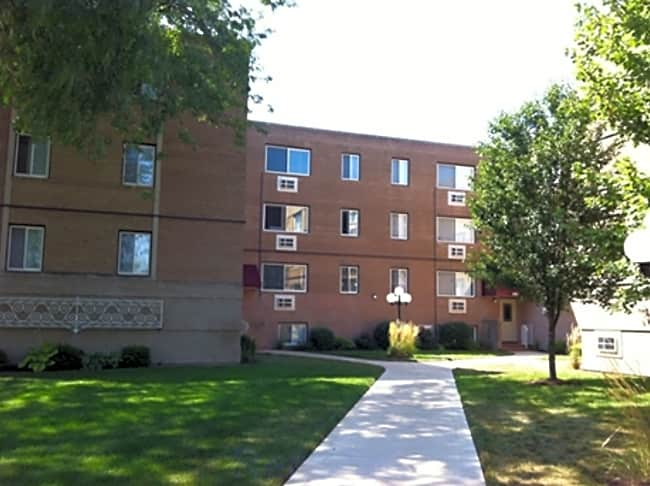 Knickerbocker Apartments - Hammond, Indiana 46323