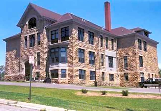 Mineral Point School Apartments - Mineral Point, Wisconsin
