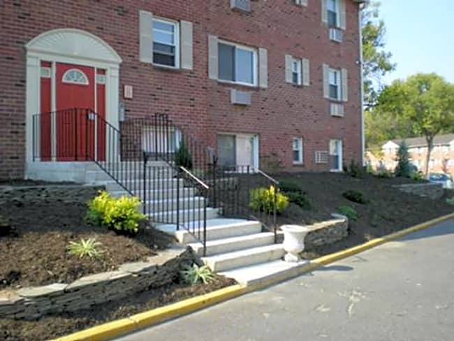 Spring Garden Apartments - Laurel Springs, New Jersey 08021