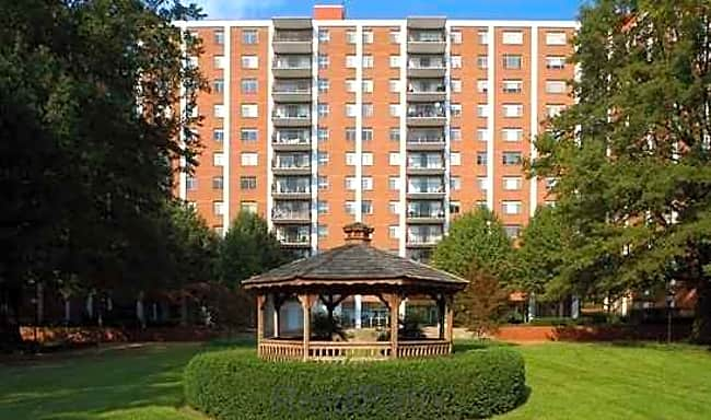 Munson Hill Towers - Falls Church, Virginia 22041