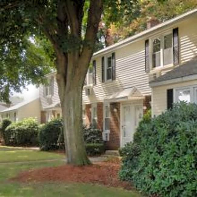Chicopee Village Townhouses - Chicopee, Massachusetts 01013