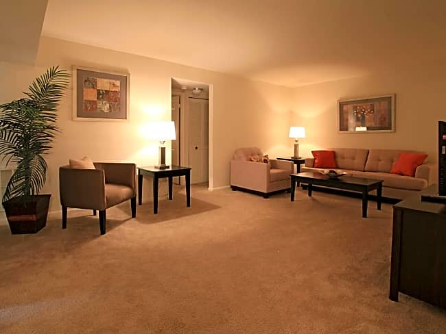 Dolley Madison Apartments at Tysons - McLean, Virginia 22102