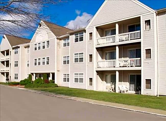 Dean Estates - Taunton, Massachusetts 02780