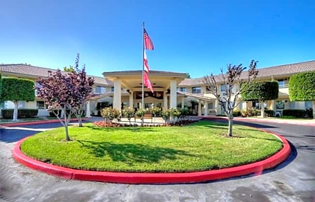 Arcadia Place Independent Retirement Living - Vista, California 92084