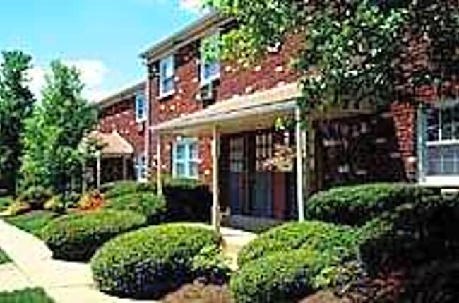 Wynbrook West Apartments - Hightstown, New Jersey 08520