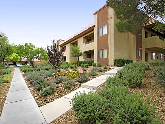 Summerhill Pointe Apartments - Las Vegas, Nevada 89117