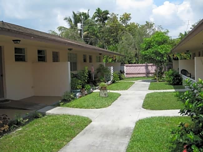 Nova Palms 55 + Community - Hollywood, Florida 33020