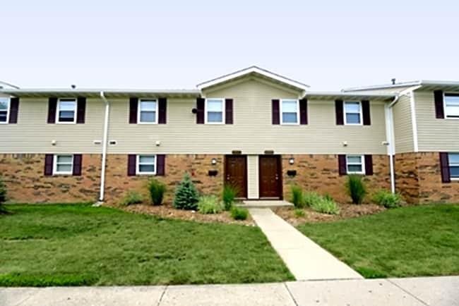 Berkshire Square Apartments - Indianapolis, Indiana 46229