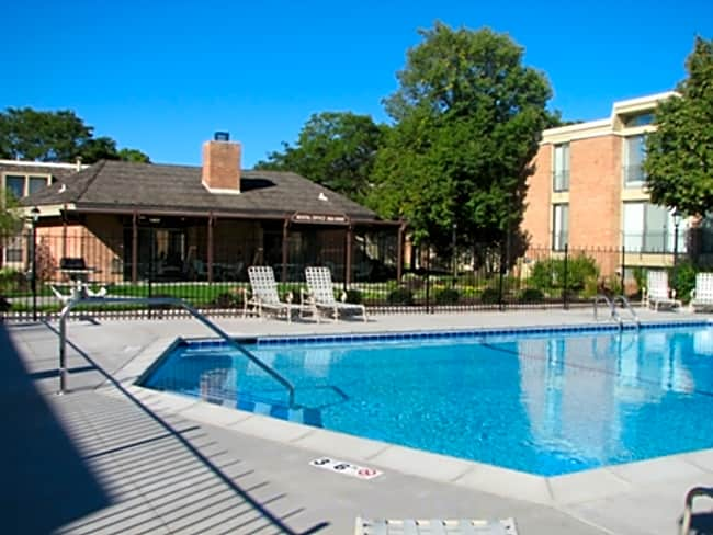 Colony Apartment Homes - Richfield, Minnesota 55423