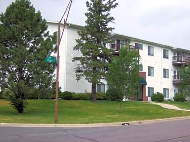Park Village Apartments - Owatonna, Minnesota