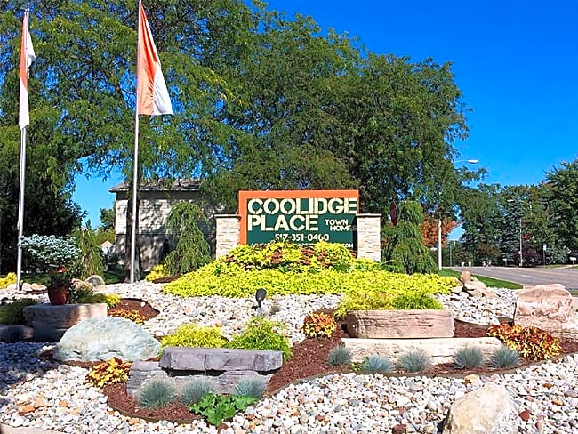 Coolidge Place Townhomes - East Lansing, Michigan 48823