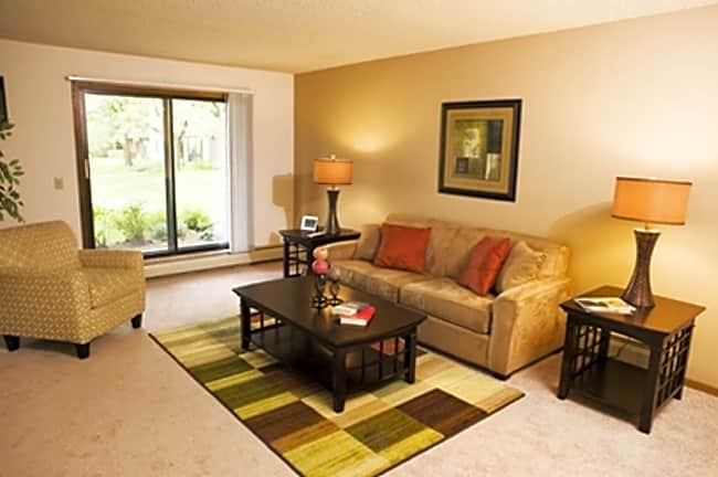 Eagle Ridge Apartments - Maple Grove, Minnesota 55369