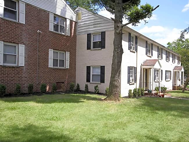 Arbors at Franklin Twp - Somerset, New Jersey 08873