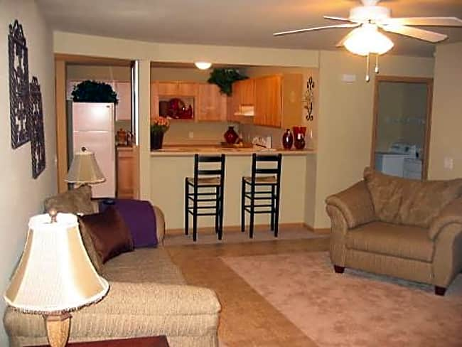 Honey Creek Apartments - East Troy, Wisconsin