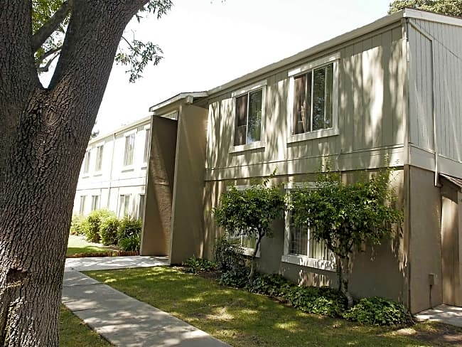 Castilian Apartment Homes - Concord, California 94520
