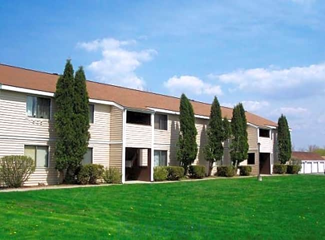 Maple Manor Apartments - Bridgeport, New York 13030