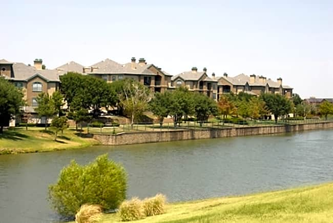 The Villas At Beaver Creek - Irving, Texas 75038