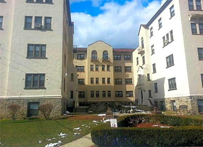 The Glen Apartments - Eastchester, New York 10709