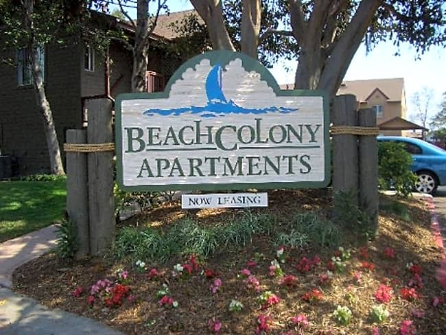 Beach Colony Apartments - San Diego, California 92154