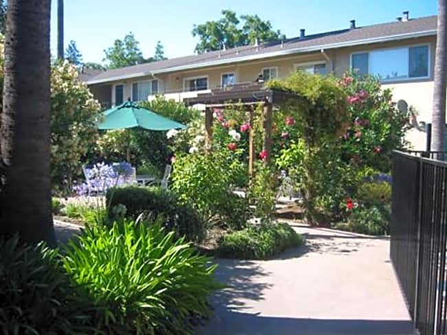 Calderon Apartments - Mountain View, California 94041