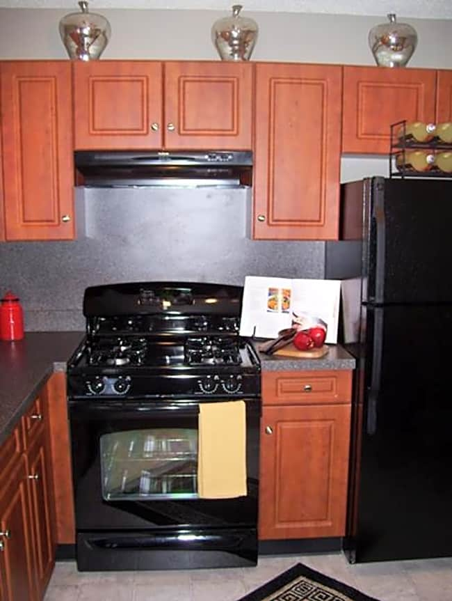 Vista Point Apartment Homes - Wappingers Falls, New York 12590