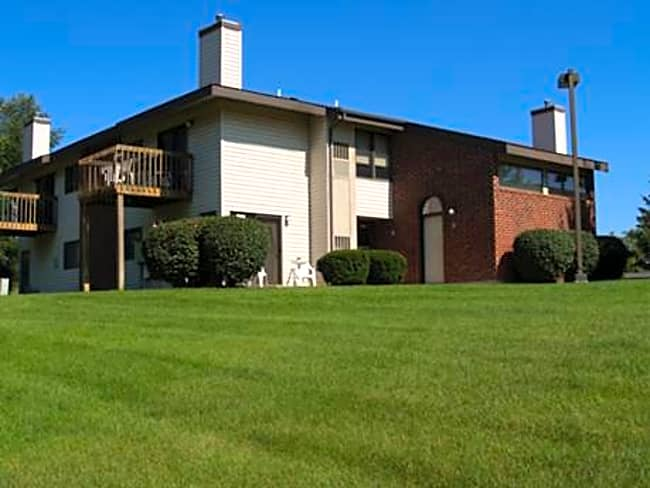 Minges Creek Village Apartments - Battle Creek, Michigan 49015