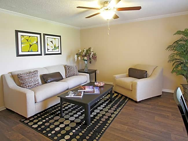 21 South at Parkview Apartment Homes - Baton Rouge, Louisiana 70816