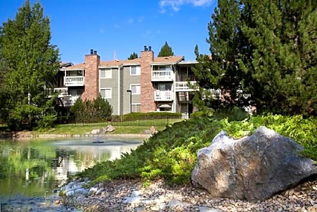 Highline Village Apartment Homes - Aurora, Colorado 80017