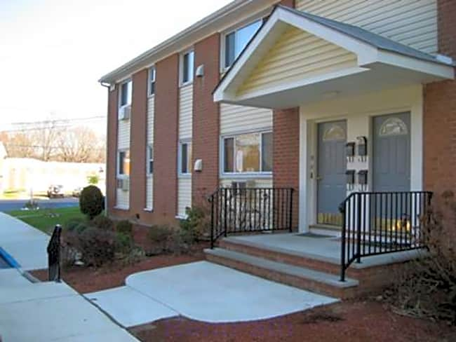 Eagle Rock Apartments - Hamilton, New Jersey 08620