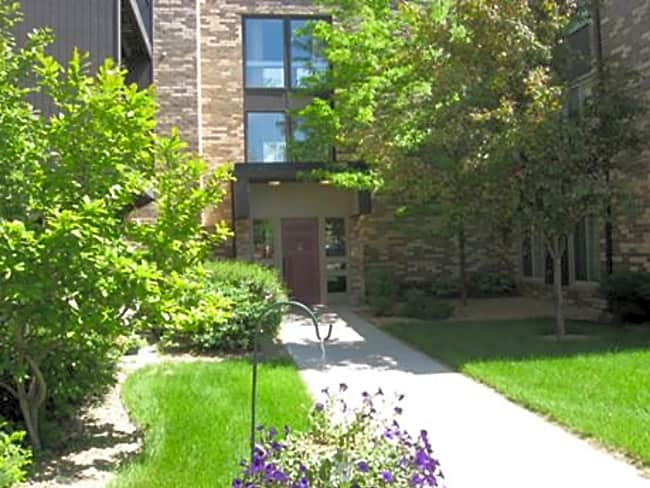 Riverview Manor Apartments - Northfield, Minnesota