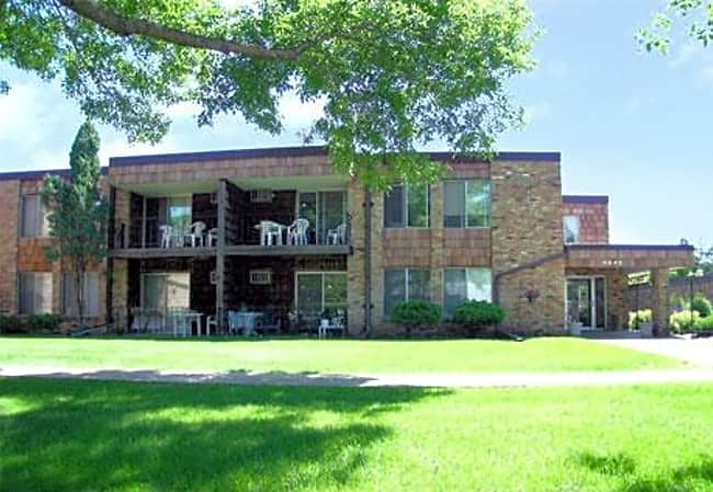 Wentworth Apartments - Bloomington, Minnesota 55420