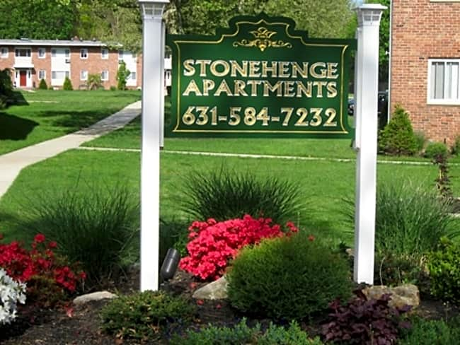 Stonehenge Garden Apartments - Saint James, New York 11780