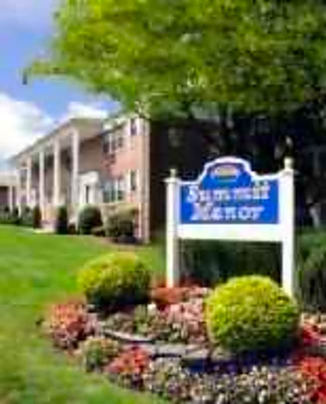 Summit Manor - Hackensack, New Jersey 07601
