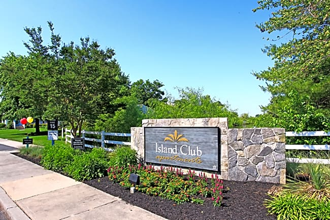 Island Club Apartments - Salisbury, Maryland