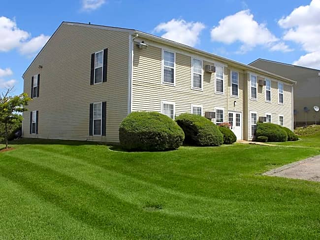 Kensington Park Apartments - New Hudson, Michigan 48165
