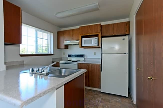 Monte Vista Apartment Homes - University Place, Washington 98466