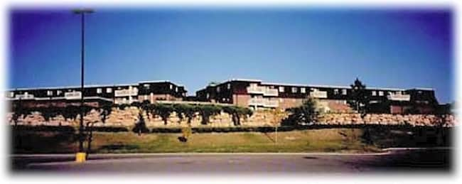 La Crosse Estates - Rapid City, South Dakota 57701