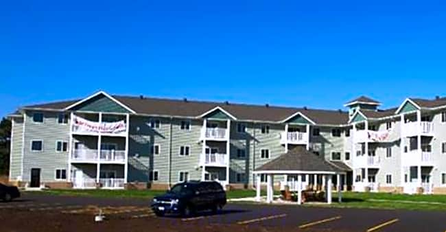 Village Pines - Holmen, Wisconsin 54636