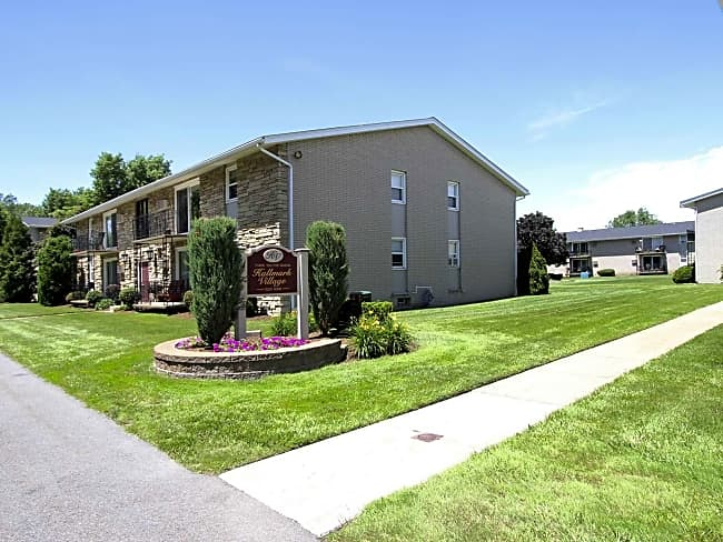 Hallmark Village Apartments - Hamburg, New York 14075