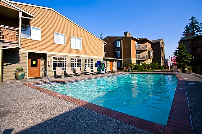 Cascadia Pointe Apartments - Everett, Washington 98204