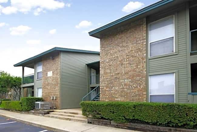 Forest Oaks Apartments - San Antonio, Texas 78238