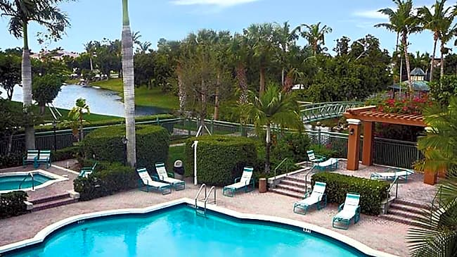 Club Mira Lago - Coral Springs, Florida 33071