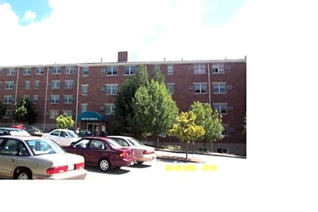 Dillon Heights  Adult Community - Worcester, Massachusetts 01604